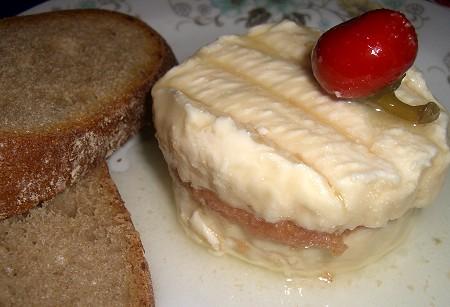Eingelegter Camembert - Hermelin